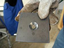 Senkloch für Senkschraube in Treppenwange