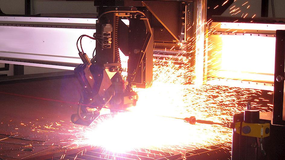 Brennschneidmaschine.jpg